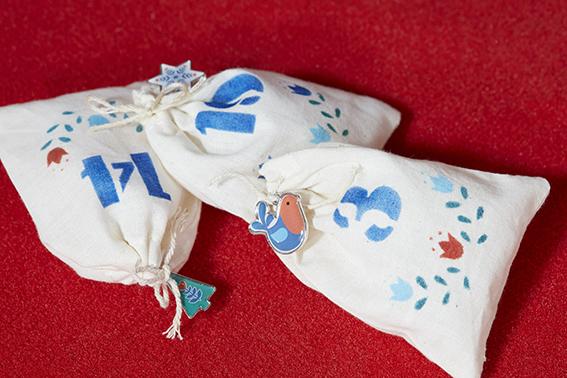 emballages cadeau Noël folk sachet calendrier avent
