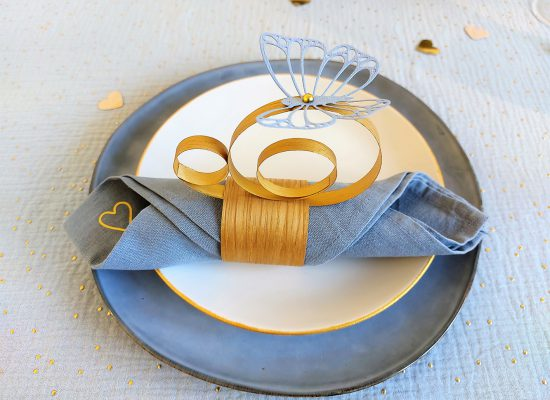 table mariage or papillons